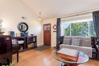 Photo 3: RANCHO PENASQUITOS House for sale : 4 bedrooms : 13288 Entreken in San Diego