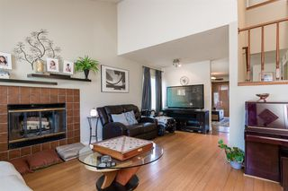 Photo 2: RANCHO PENASQUITOS House for sale : 4 bedrooms : 13288 Entreken in San Diego