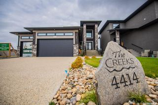 Photo 2: 4414 Wolf Willow Place in Regina: The Creeks Residential for sale : MLS®# SK821278