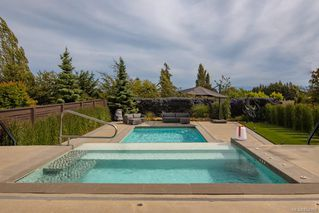 Photo 38: 1535 Despard Ave in : Vi Rockland House for sale (Victoria)  : MLS®# 854989