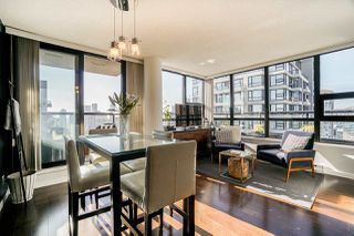 """Main Photo: 2806 909 MAINLAND Street in Vancouver: Yaletown Condo for sale in """"YALETOWN PARK II"""" (Vancouver West)  : MLS®# R2507980"""