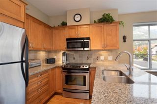 """Photo 10: 1304 MAIN Street in Squamish: Downtown SQ Townhouse for sale in """"ARTISAN"""" : MLS®# R2509692"""