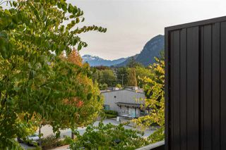 """Photo 14: 1304 MAIN Street in Squamish: Downtown SQ Townhouse for sale in """"ARTISAN"""" : MLS®# R2509692"""