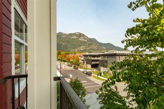 """Photo 13: 1304 MAIN Street in Squamish: Downtown SQ Townhouse for sale in """"ARTISAN"""" : MLS®# R2509692"""