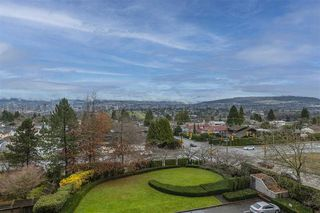 """Photo 10: 604 6055 NELSON Avenue in Burnaby: Forest Glen BS Condo for sale in """"LA MIRAGE II BY BOSA"""" (Burnaby South)  : MLS®# R2520345"""