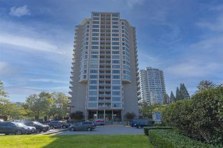 """Photo 2: 604 6055 NELSON Avenue in Burnaby: Forest Glen BS Condo for sale in """"LA MIRAGE II BY BOSA"""" (Burnaby South)  : MLS®# R2520345"""