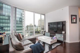 "Photo 3: 2605 1166 MELVILLE Street in Vancouver: Coal Harbour Condo for sale in ""Orca"" (Vancouver West)  : MLS®# R2395535"