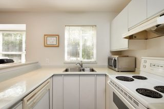 "Photo 7: 101 3 N GARDEN Drive in Vancouver: Hastings Condo for sale in ""GARDEN COURT"" (Vancouver East)  : MLS®# R2407147"