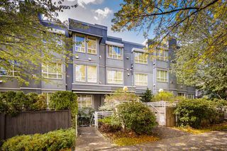 "Photo 1: 101 3 N GARDEN Drive in Vancouver: Hastings Condo for sale in ""GARDEN COURT"" (Vancouver East)  : MLS®# R2407147"
