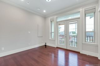 Photo 12: 2117 NINTH Avenue in New Westminster: Connaught Heights House for sale : MLS®# R2418212