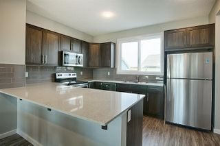 Photo 9: 2625 Maple Way in Edmonton: Zone 30 Attached Home for sale : MLS®# E4184551
