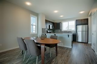 Photo 8: 2625 Maple Way in Edmonton: Zone 30 Attached Home for sale : MLS®# E4184551