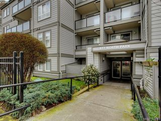 Photo 2: 103 827 North Park St in VICTORIA: Vi Central Park Condo Apartment for sale (Victoria)  : MLS®# 835965
