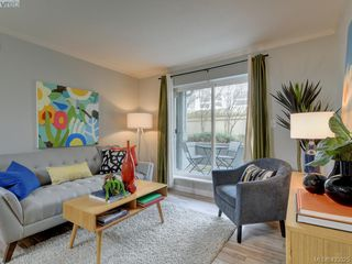 Photo 3: 103 827 North Park St in VICTORIA: Vi Central Park Condo Apartment for sale (Victoria)  : MLS®# 835965
