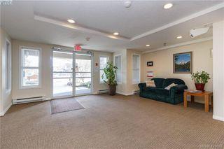 Photo 3: 407 1536 Hillside Ave in VICTORIA: Vi Oaklands Condo for sale (Victoria)  : MLS®# 838706