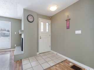 Photo 9: 526 Copland Crescent in Saskatoon: Grosvenor Park Residential for sale : MLS®# SK809597