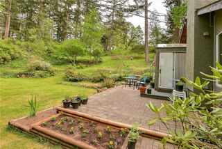 Photo 31: 385 IVOR Rd in Saanich: SW Prospect Lake House for sale (Saanich West)  : MLS®# 833827