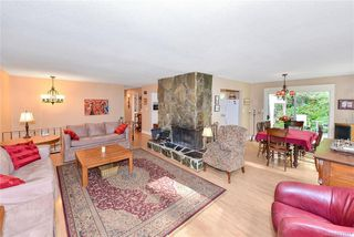 Photo 29: 385 IVOR Rd in Saanich: SW Prospect Lake House for sale (Saanich West)  : MLS®# 833827