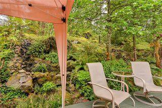 Photo 34: 385 IVOR Rd in Saanich: SW Prospect Lake House for sale (Saanich West)  : MLS®# 833827