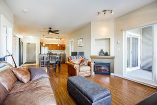"Photo 3: 315 12350 HARRIS Road in Pitt Meadows: Mid Meadows Condo for sale in ""KEYSTONE"" : MLS®# R2521439"