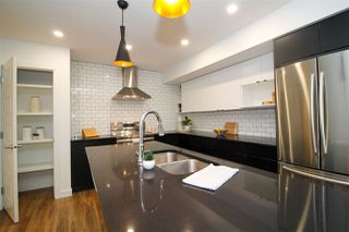 Photo 6: 2 11505 88 Street in Edmonton: Zone 05 House Half Duplex for sale : MLS®# E4164790