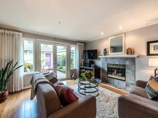 Photo 5: 2057 E 5TH Avenue in Vancouver: Grandview Woodland House 1/2 Duplex for sale (Vancouver East)  : MLS®# R2407601