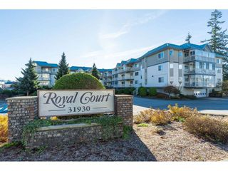 "Photo 1: 215 31930 OLD YALE Road in Abbotsford: Abbotsford West Condo for sale in ""ROYAL COURT"" : MLS®# R2421302"