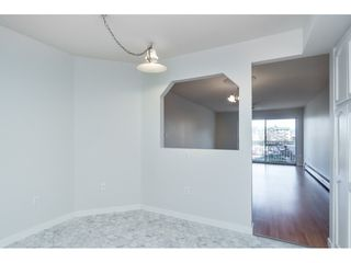 "Photo 7: 215 31930 OLD YALE Road in Abbotsford: Abbotsford West Condo for sale in ""ROYAL COURT"" : MLS®# R2421302"