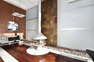 Photo 2: : Vancouver Condo for rent : MLS®# AR032B