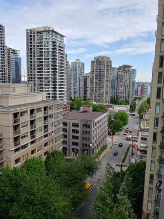 "Photo 7: 1103 1010 RICHARDS Street in Vancouver: Yaletown Condo for sale in ""THE GALLERY"" (Vancouver West)  : MLS®# R2461472"