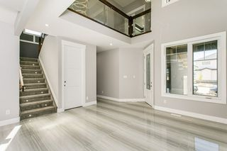 Photo 8: 1812 19 Avenue NW in Edmonton: Zone 30 House for sale : MLS®# E4201161
