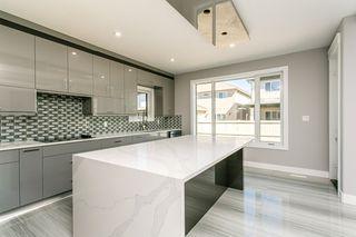 Photo 10: 1812 19 Avenue NW in Edmonton: Zone 30 House for sale : MLS®# E4201161