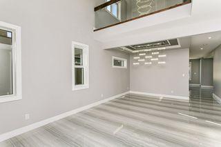 Photo 3: 1812 19 Avenue NW in Edmonton: Zone 30 House for sale : MLS®# E4201161