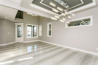 Photo 5: 1812 19 Avenue NW in Edmonton: Zone 30 House for sale : MLS®# E4201161