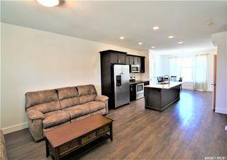 Photo 4: 439 Eaton Lane in Saskatoon: Rosewood Residential for sale : MLS®# SK813989