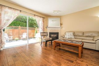 "Photo 2: 27 2561 RUNNEL Drive in Coquitlam: Eagle Ridge CQ Townhouse for sale in ""Camridge Court"" : MLS®# R2480351"