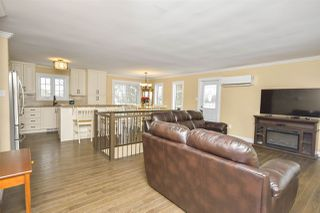 Photo 3: 213 Cavalier Drive in Lower Sackville: 25-Sackville Residential for sale (Halifax-Dartmouth)  : MLS®# 202025634