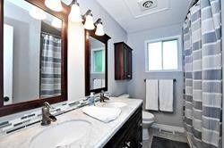 Photo 11: 174 Waratah Avenue in Newmarket: Huron Heights-Leslie Valley House (2-Storey) for sale : MLS®# N4527320