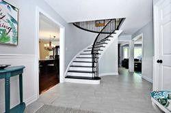 Photo 3: 174 Waratah Avenue in Newmarket: Huron Heights-Leslie Valley House (2-Storey) for sale : MLS®# N4527320