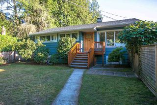 Main Photo: 3049 ELIZABETH WAY in North Vancouver: Capilano NV House for sale : MLS®# R2400055