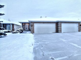 Photo 1: 424 Tory Point in Edmonton: Zone 14 House Half Duplex for sale : MLS®# E4182791