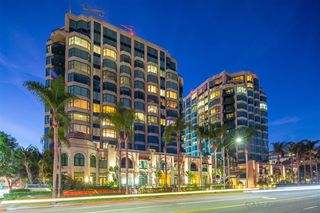 Photo 3: SAN DIEGO Condo for sale : 2 bedrooms : 2500 6Th Ave #1107