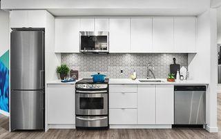 Photo 2: 2003 845 Johnson St in Victoria: Vi Downtown Condo Apartment for sale : MLS®# 780534
