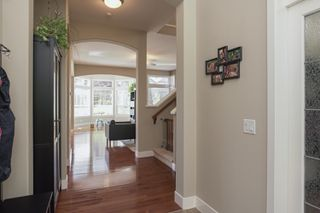 Photo 5: 14982 59A Avenue in Surrey: Sullivan Station House for sale : MLS®# R2487864