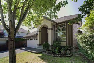 Photo 2: 14982 59A Avenue in Surrey: Sullivan Station House for sale : MLS®# R2487864