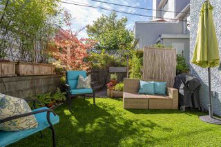 "Photo 2: 3207 MANITOBA Street in Vancouver: Cambie Townhouse for sale in ""Manitoba & 16th"" (Vancouver West)  : MLS®# R2492661"