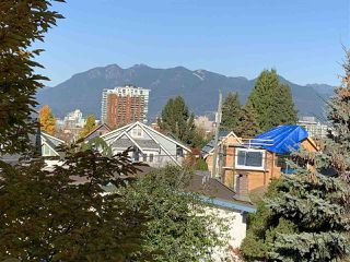 "Photo 3: 406 228 E 18TH Avenue in Vancouver: Main Condo for sale in ""THE NEWPORT"" (Vancouver East)  : MLS®# R2515346"