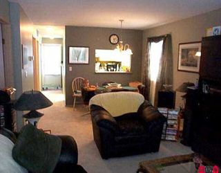 "Photo 3: 54 9088 HOLT RD in Surrey: Queen Mary Park Surrey Townhouse for sale in ""ASHLEY GROVE"" : MLS®# F2513014"