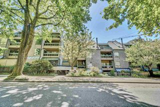 """Photo 7: 417 1500 PENDRELL Street in Vancouver: West End VW Condo for sale in """"Pendrell Mews"""" (Vancouver West)  : MLS®# R2392632"""