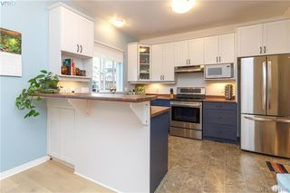 Photo 6: 2454 Lund Road in VICTORIA: VR Six Mile Single Family Detached for sale (View Royal)  : MLS®# 414198